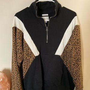 American Eagle Half Zip Sweatshirt Cheetah Print